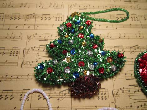Beaded ornaments 009
